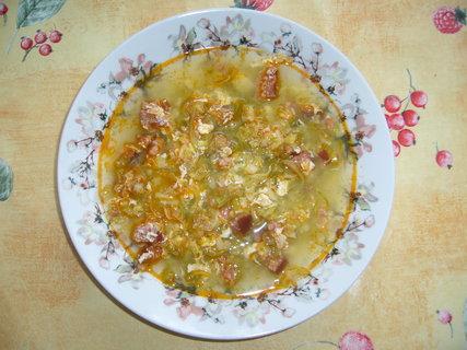 FOTKA - Kapustová polévka s klobásou.