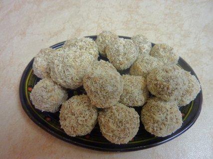 FOTKA - kokosové kuličky