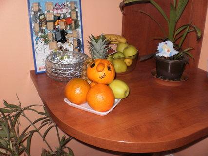 FOTKA - vánoční dekorace s nosatým pomerančem :-)