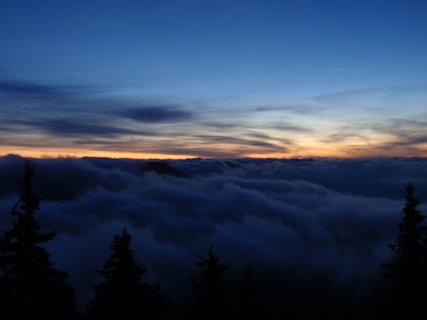 FOTKA - Západ slunce na horách .......