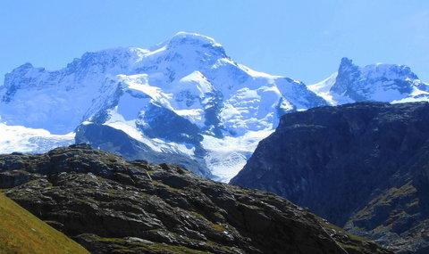 FOTKA - Pohled na Breinhorn  4164m