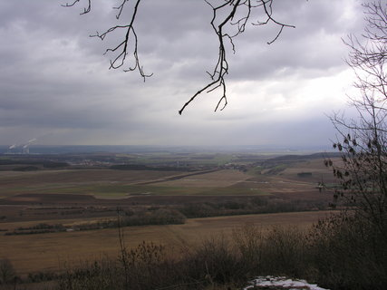 FOTKA - lednový výhled z úbočí Řípu 2