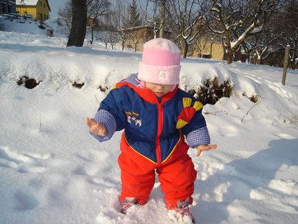 FOTKA - Eliška a první sníh