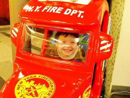 FOTKA - A jeste jednou..Tomik hasicem...:)