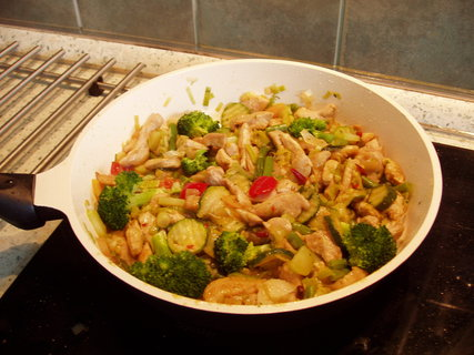 FOTKA - kuřecí maso  + zelenina