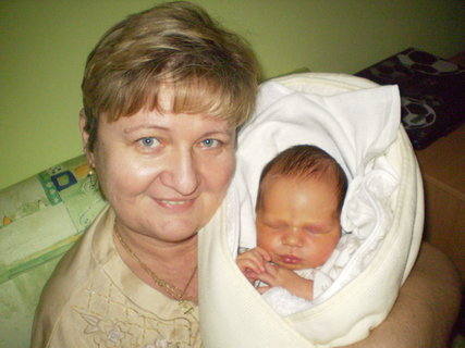 FOTKA - babička a vnučrk