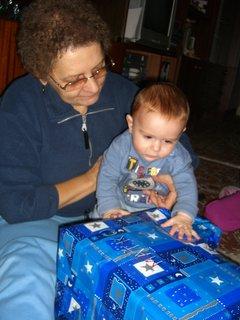 FOTKA - moje prvé vianoce 4 - co  pak som to dostal