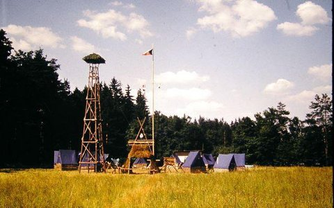 FOTKA - Tábor vodáků, Slovensko, s hlídací věží