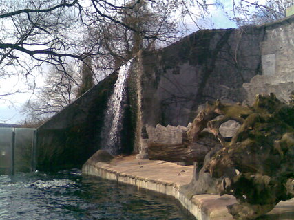 FOTKA - ZOO Praha - vodopád