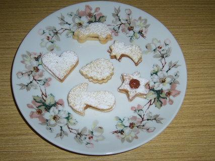 FOTKA - Hotové linecké cukroví